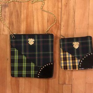 Mac accessory  cosmetics small flat pouches lot